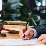 Kim tak naprawdę jest adwokat?